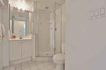 Condo Apartment at 5418 Yonge St, Unit 1517, Toronto, Ontario. Image 13