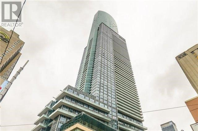 Condo Apartment at 386 Yonge St, Unit 4613, Toronto, Ontario. Image 1