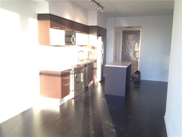 Condo Apartment at 386 Yonge St, Unit 4613, Toronto, Ontario. Image 10