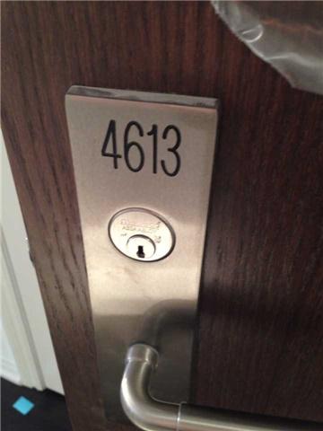 Condo Apartment at 386 Yonge St, Unit 4613, Toronto, Ontario. Image 13