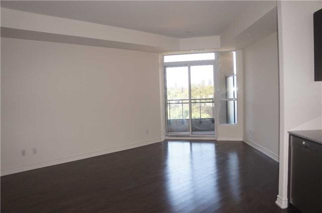 Condo Apartment at 23 Glebe Rd, Unit 401, Toronto, Ontario. Image 5