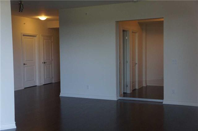Condo Apartment at 23 Glebe Rd, Unit 401, Toronto, Ontario. Image 6