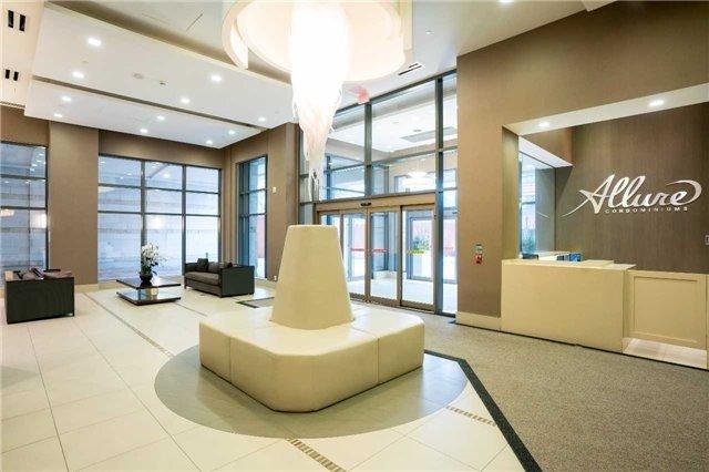 Condo Apartment at 23 Glebe Rd, Unit 401, Toronto, Ontario. Image 11