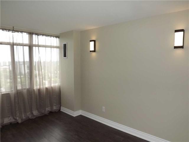Condo Apartment at 1555 Finch Ave E, Unit 1805, Toronto, Ontario. Image 7