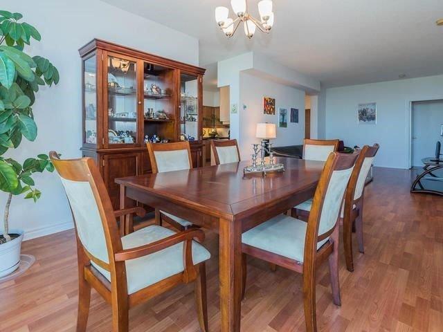 Condo Apartment at 3830 Bathurst St, Unit 804, Toronto, Ontario. Image 15