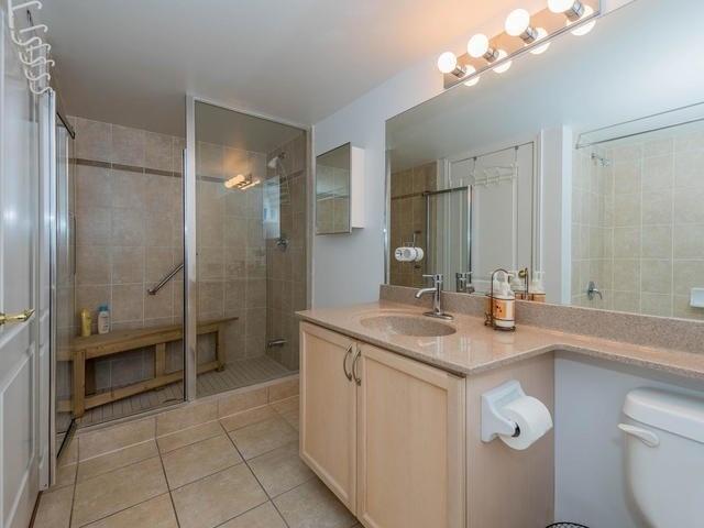 Condo Apartment at 3830 Bathurst St, Unit 804, Toronto, Ontario. Image 6