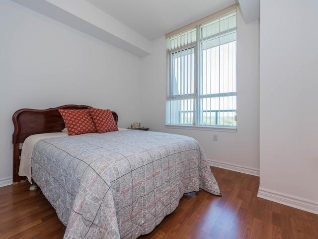 Condo Apartment at 3830 Bathurst St, Unit 804, Toronto, Ontario. Image 7