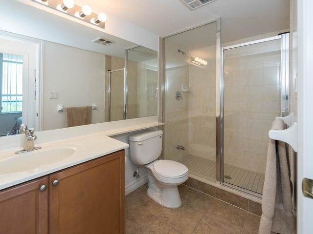 Condo Apartment at 3830 Bathurst St, Unit 804, Toronto, Ontario. Image 8