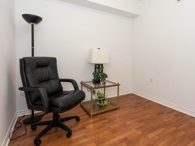 Condo Apartment at 3830 Bathurst St, Unit 804, Toronto, Ontario. Image 11
