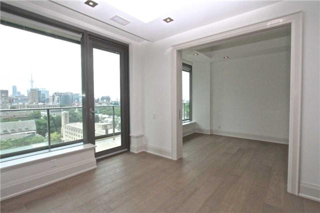 Condo Apartment at 77 Charles St W, Unit 904, Toronto, Ontario. Image 12