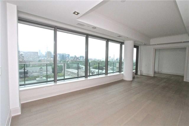 Condo Apartment at 77 Charles St W, Unit 904, Toronto, Ontario. Image 13
