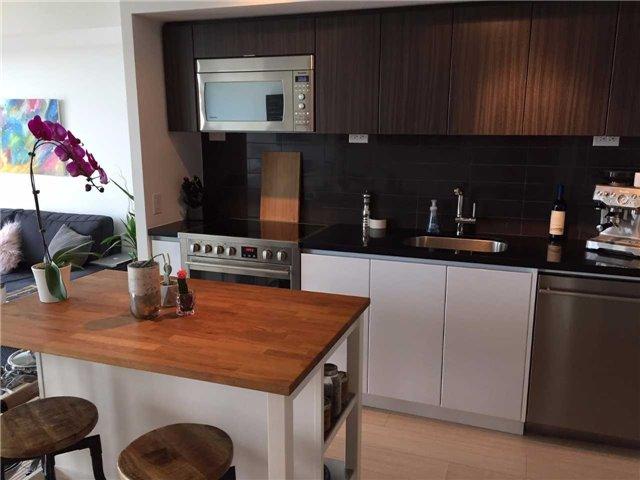 Condo Apartment at 85 Queens Wharf Rd, Unit 4010, Toronto, Ontario. Image 7