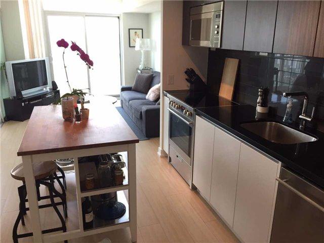 Condo Apartment at 85 Queens Wharf Rd, Unit 4010, Toronto, Ontario. Image 8