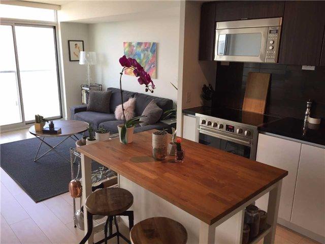 Condo Apartment at 85 Queens Wharf Rd, Unit 4010, Toronto, Ontario. Image 9