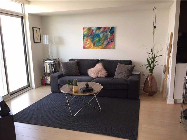 Condo Apartment at 85 Queens Wharf Rd, Unit 4010, Toronto, Ontario. Image 13