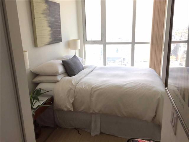 Condo Apartment at 85 Queens Wharf Rd, Unit 4010, Toronto, Ontario. Image 14