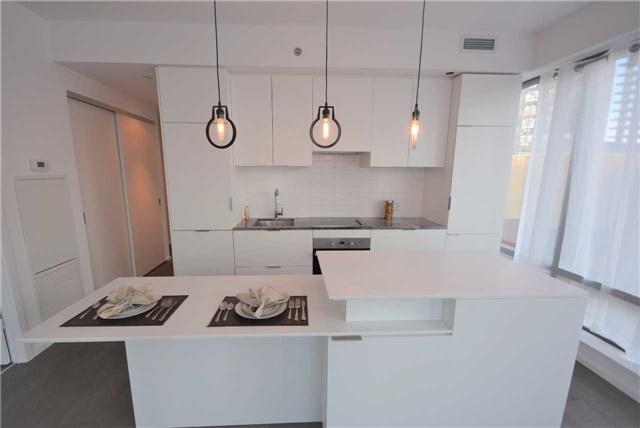 Condo Apartment at 5 St. Joseph St, Unit 1608, Toronto, Ontario. Image 6