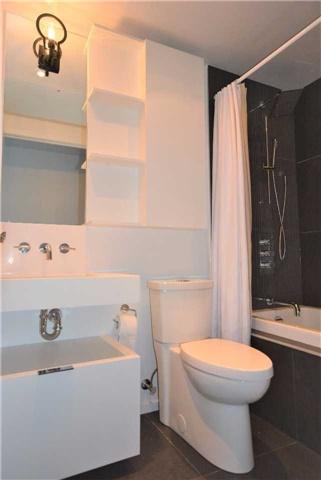 Condo Apartment at 5 St. Joseph St, Unit 1608, Toronto, Ontario. Image 2