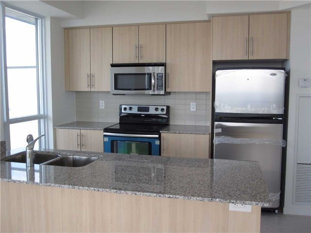Condo Apartment at 55 Bremner Blvd, Unit 4901, Toronto, Ontario. Image 3