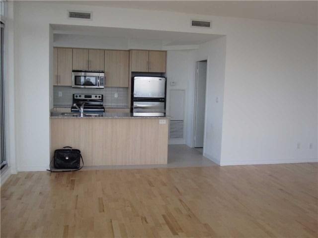 Condo Apartment at 55 Bremner Blvd, Unit 4901, Toronto, Ontario. Image 4