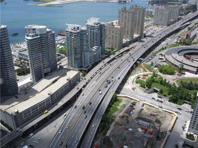 Condo Apartment at 55 Bremner Blvd, Unit 4901, Toronto, Ontario. Image 13