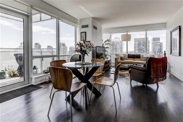 Condo Apartment at 80 John St, Unit 2703, Toronto, Ontario. Image 1
