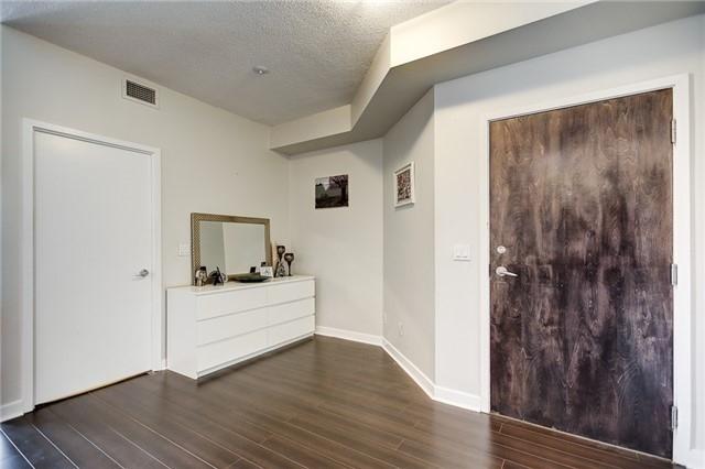 Condo Apartment at 12 Yonge St, Unit 2201, Toronto, Ontario. Image 20