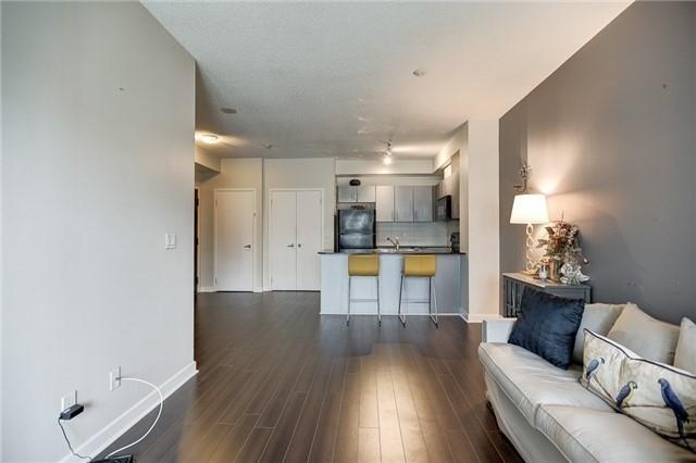 Condo Apartment at 12 Yonge St, Unit 2201, Toronto, Ontario. Image 5