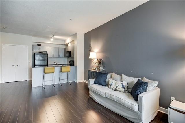 Condo Apartment at 12 Yonge St, Unit 2201, Toronto, Ontario. Image 6