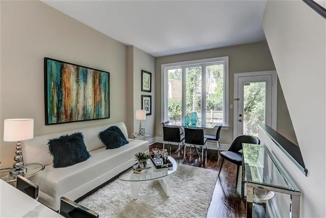 Townhouse at 4 Flagler St, Toronto, Ontario. Image 14