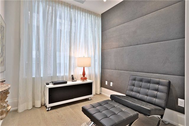 Condo Apartment at 133 Hazelton Ave, Unit 302, Toronto, Ontario. Image 7