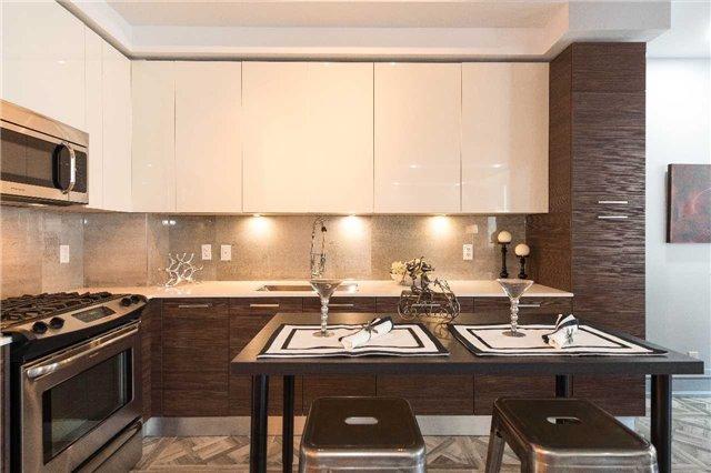 Condo Apartment at 399 Adelaide St W, Unit 704, Toronto, Ontario. Image 20
