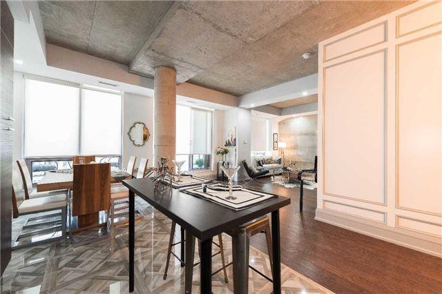 Condo Apartment at 399 Adelaide St W, Unit 704, Toronto, Ontario. Image 3