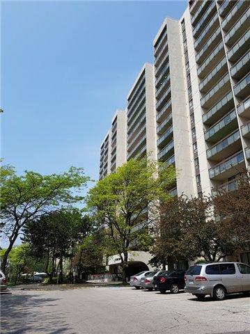 Condo Apartment at 177 Linus Rd, Unit 705, Toronto, Ontario. Image 2