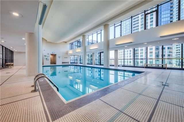 Condo Apartment at 209 Fort York Blvd, Unit 1470, Toronto, Ontario. Image 14