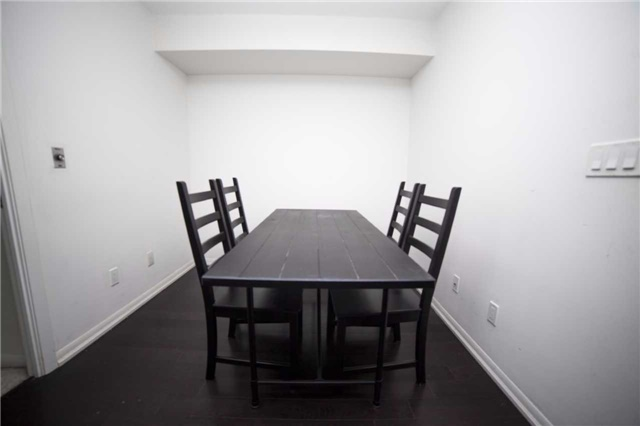Condo Apartment at 209 Fort York Blvd, Unit 1470, Toronto, Ontario. Image 18