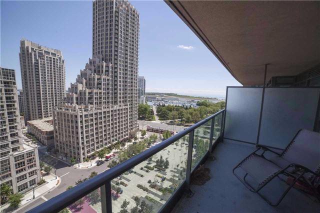Condo Apartment at 209 Fort York Blvd, Unit 1470, Toronto, Ontario. Image 11