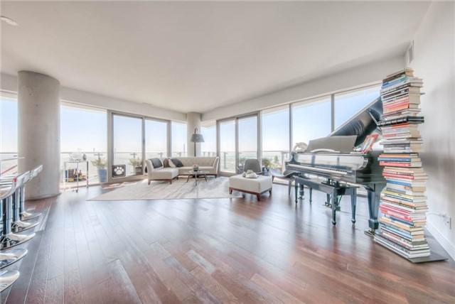 Condo Apartment at 390 Cherry St, Unit 3306, Toronto, Ontario. Image 1