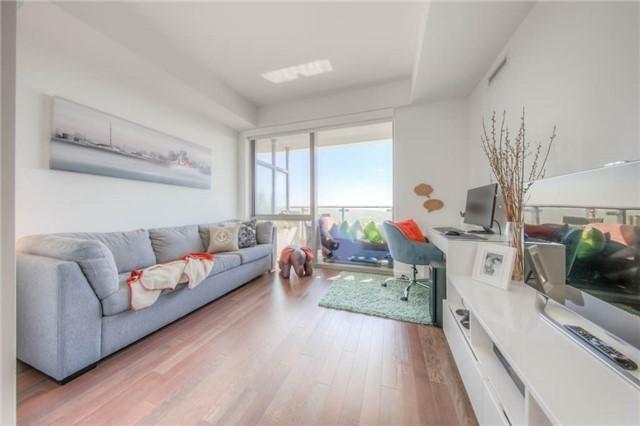 Condo Apartment at 390 Cherry St, Unit 3306, Toronto, Ontario. Image 2