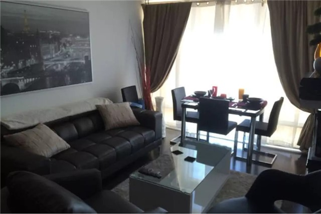 Condo Apartment at 8 The Esplanade, Unit 1703, Toronto, Ontario. Image 2