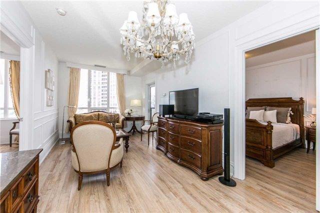 Condo Apartment at 100 Harrison Garden Blvd, Unit 1902, Toronto, Ontario. Image 11