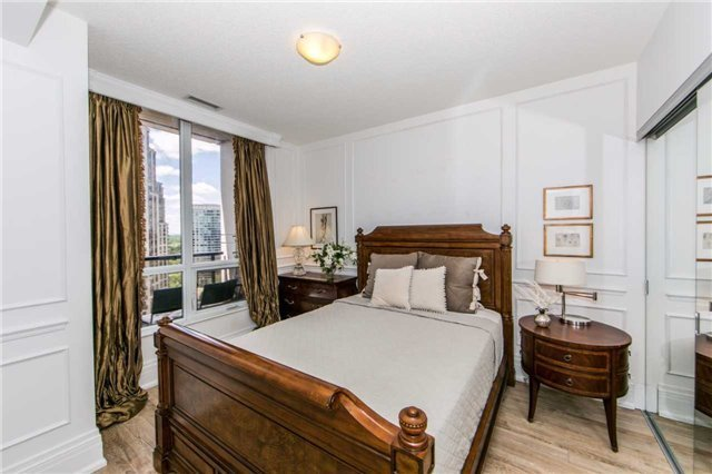 Condo Apartment at 100 Harrison Garden Blvd, Unit 1902, Toronto, Ontario. Image 5