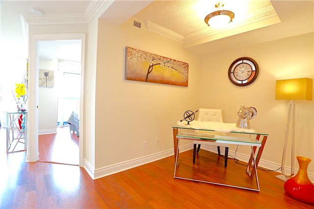 Condo Apartment at 10 Northtown Way, Unit 1906, Toronto, Ontario. Image 19