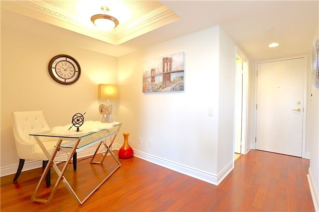 Condo Apartment at 10 Northtown Way, Unit 1906, Toronto, Ontario. Image 20
