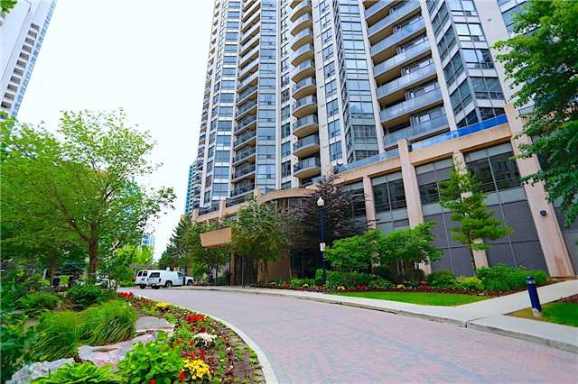 Condo Apartment at 10 Northtown Way, Unit 1906, Toronto, Ontario. Image 11