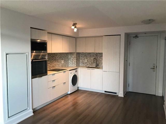 Condo Apartment at 318 Richmond St W, Unit 406, Toronto, Ontario. Image 7