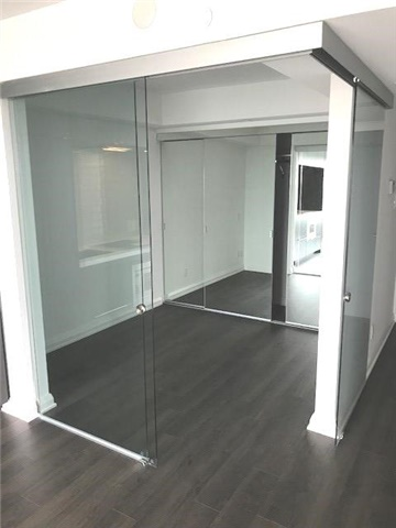 Condo Apartment at 155 Yorkville Ave, Unit 2518, Toronto, Ontario. Image 4
