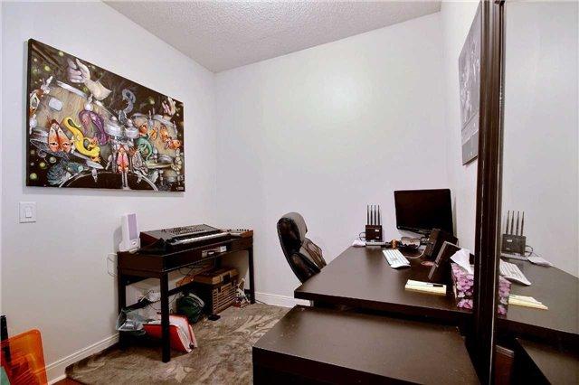 Condo Apartment at 38 The Esplanade, Unit 903, Toronto, Ontario. Image 4