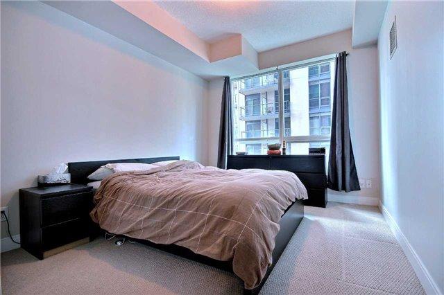Condo Apartment at 38 The Esplanade, Unit 903, Toronto, Ontario. Image 8