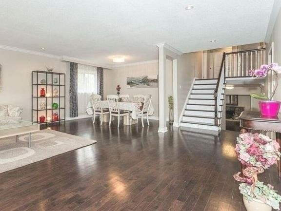 Detached at 44 Cobblestone Dr, Toronto, Ontario. Image 14